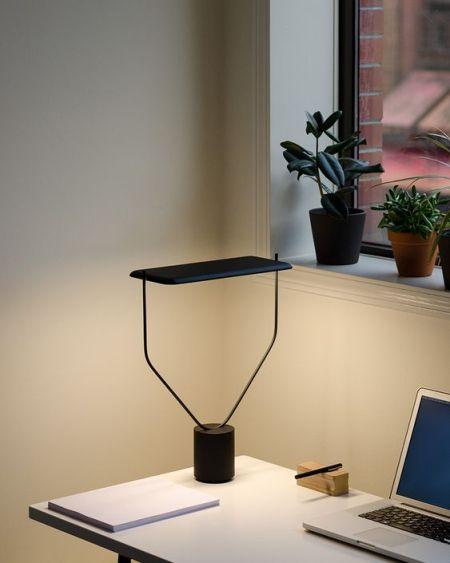 โคมไฟตั้งโต๊ะ