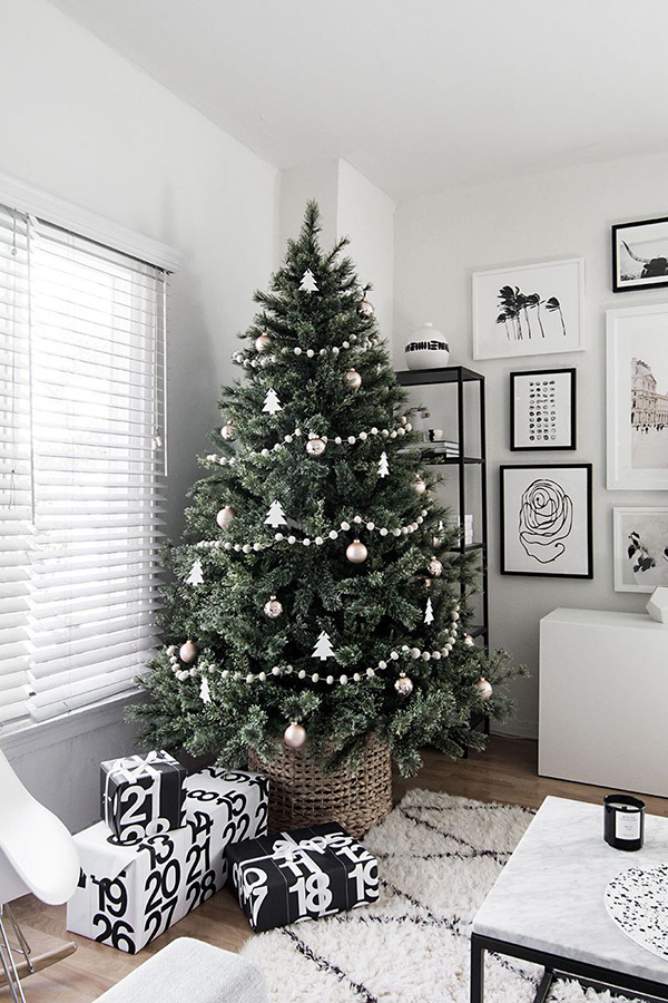 minimal-scandinavian-christmas-tree