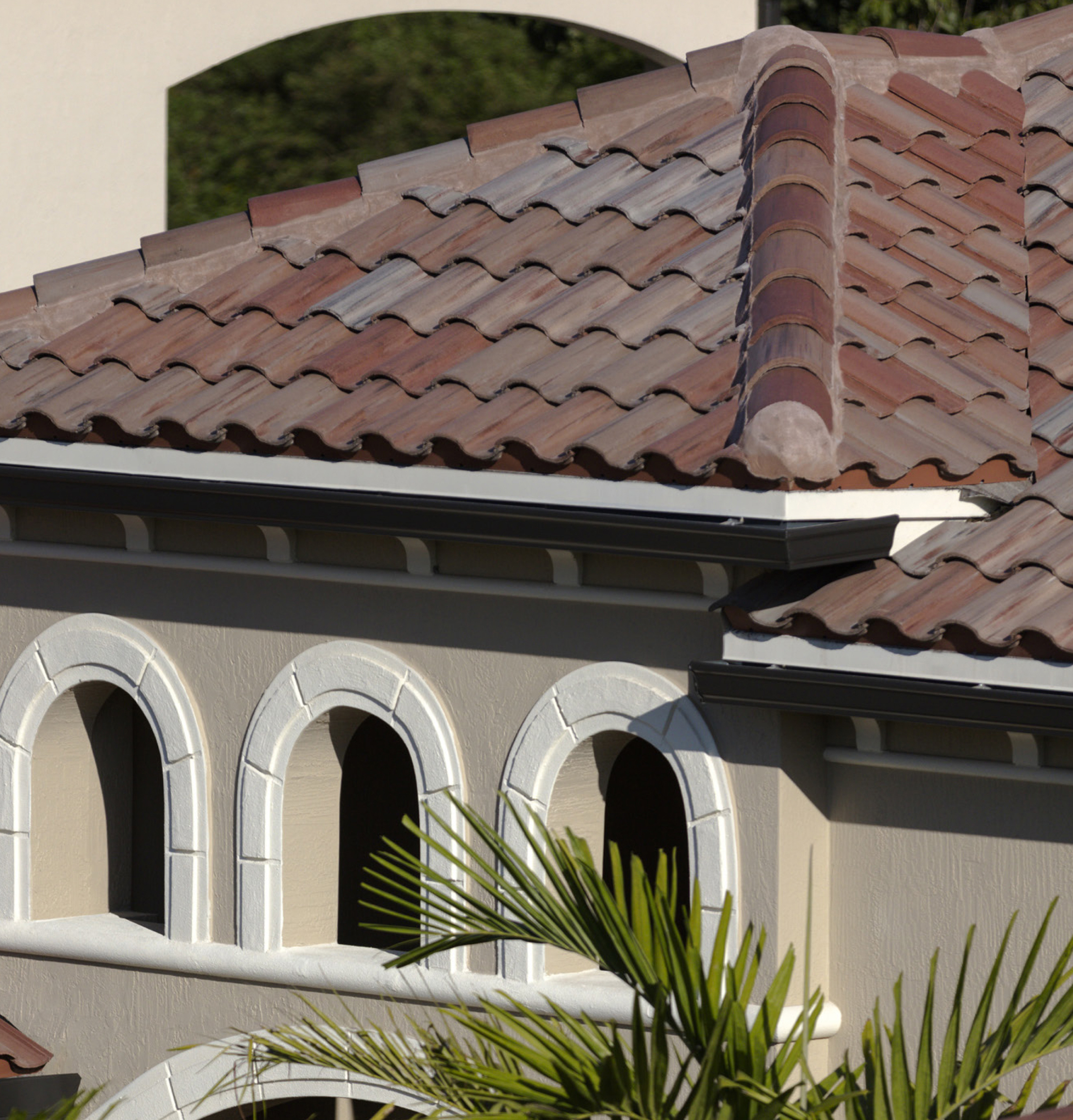 how long does a tile roof last