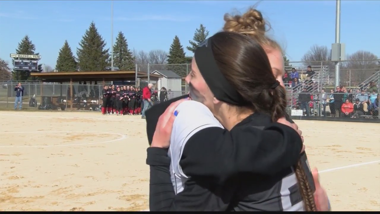 Emotional_Normal_West_Wins_Softball_Open_0_20180316035513