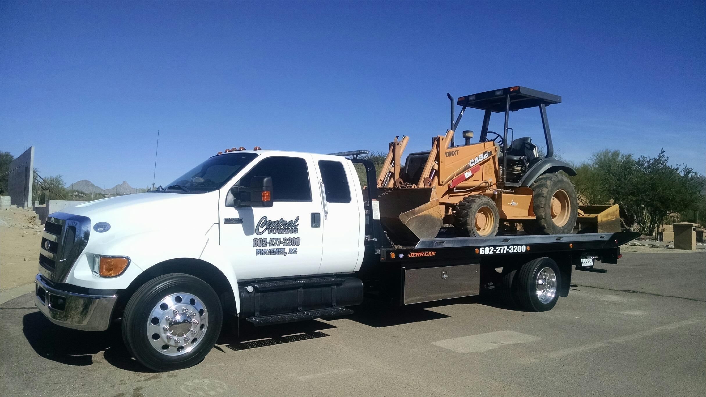 The Different Types Of Commercial Vehicles We Tow