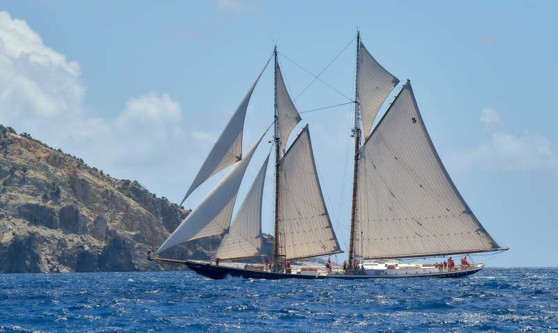 Main image of Columbia yacht