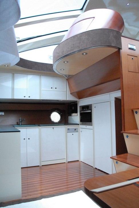 Image of SAURON yacht #6