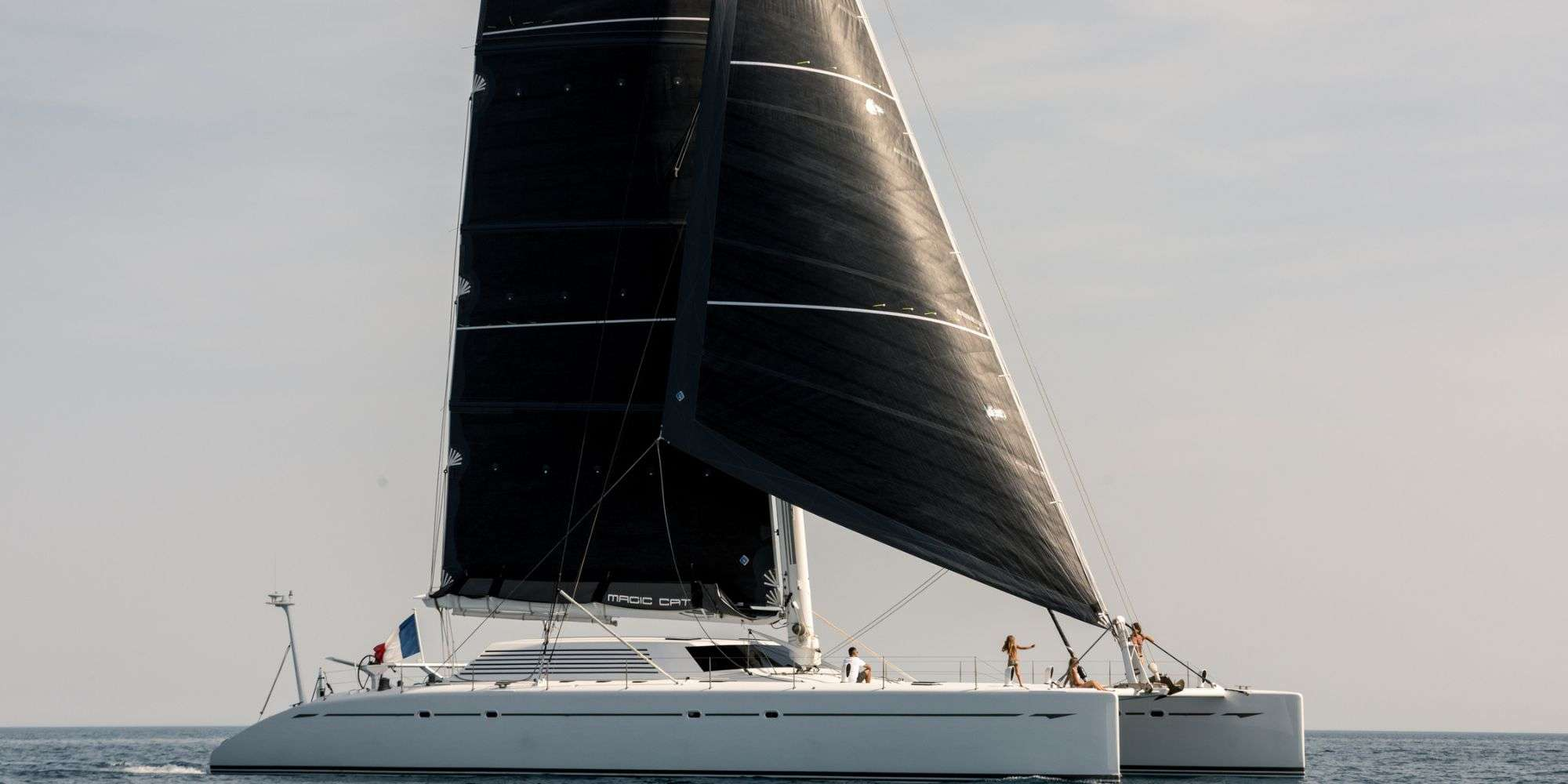 MAGIC CAT yacht image # 9
