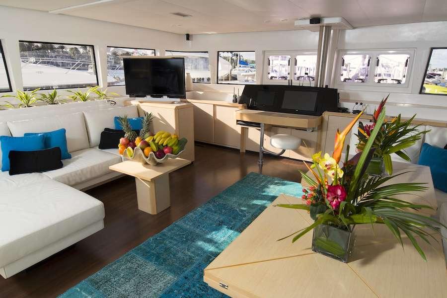 LADY KATLO yacht image # 1