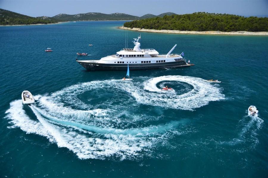 Image of BERZINC yacht #19