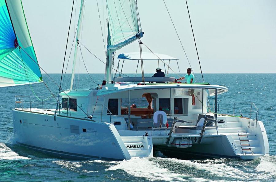 AMELIA yacht main image