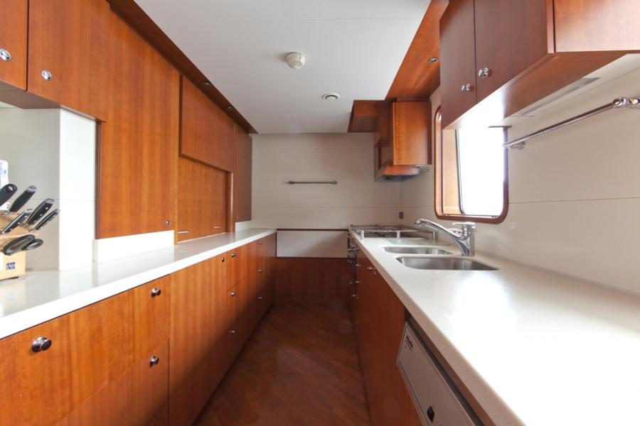 Image of CORNELIA yacht #13