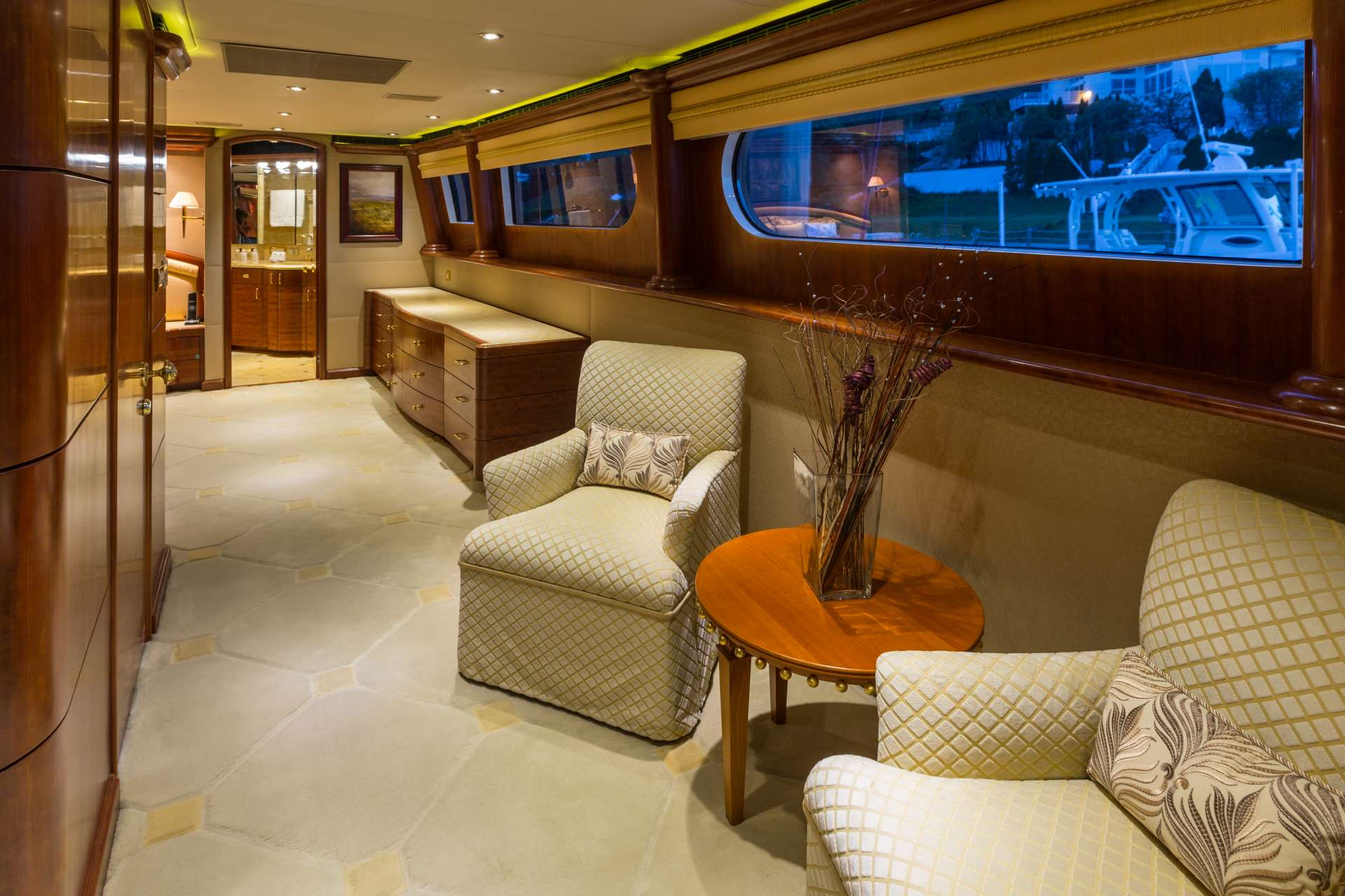 NICOLE EVELYN yacht image # 5