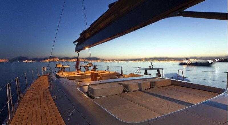 Image of DARK SHADOW yacht #13