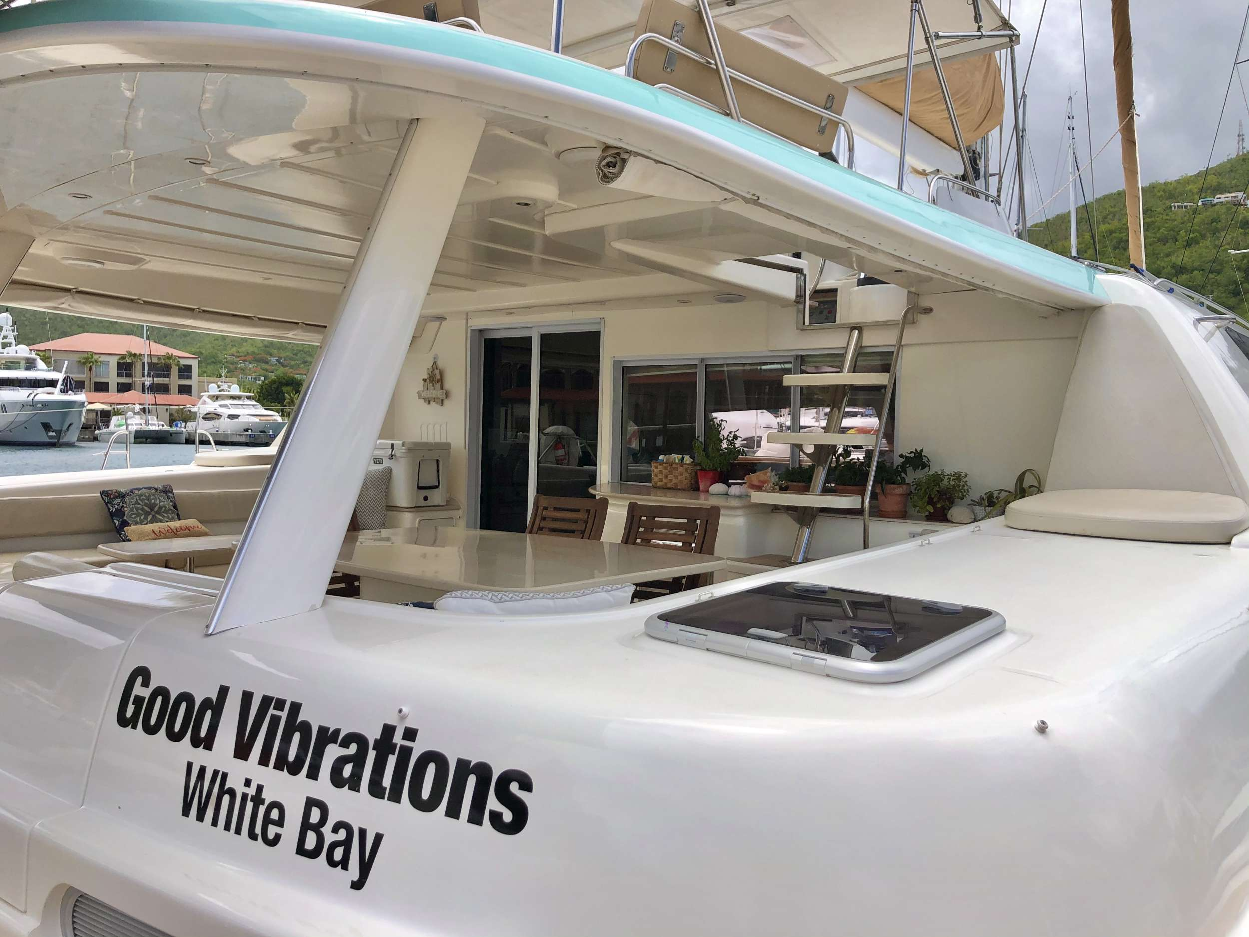 Image of GOOD VIBRATIONS L62 yacht #16