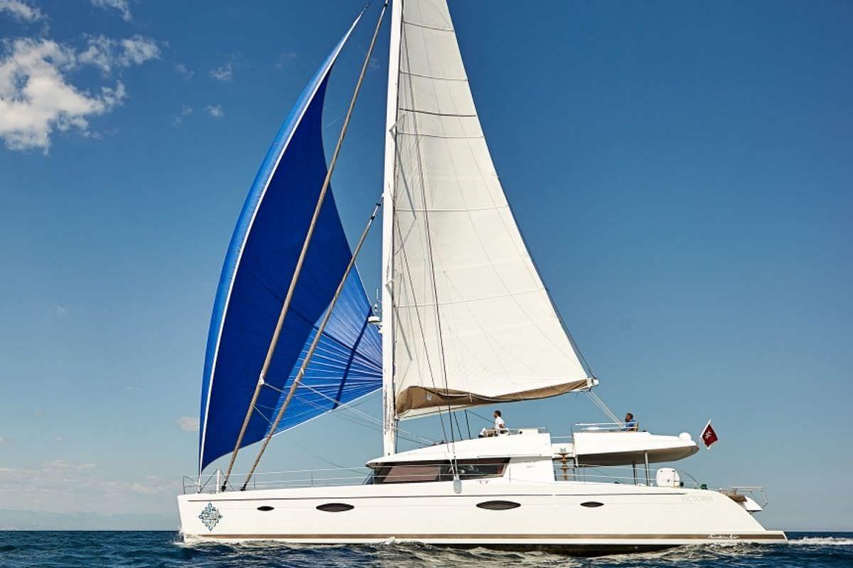 Main image of LIR yacht