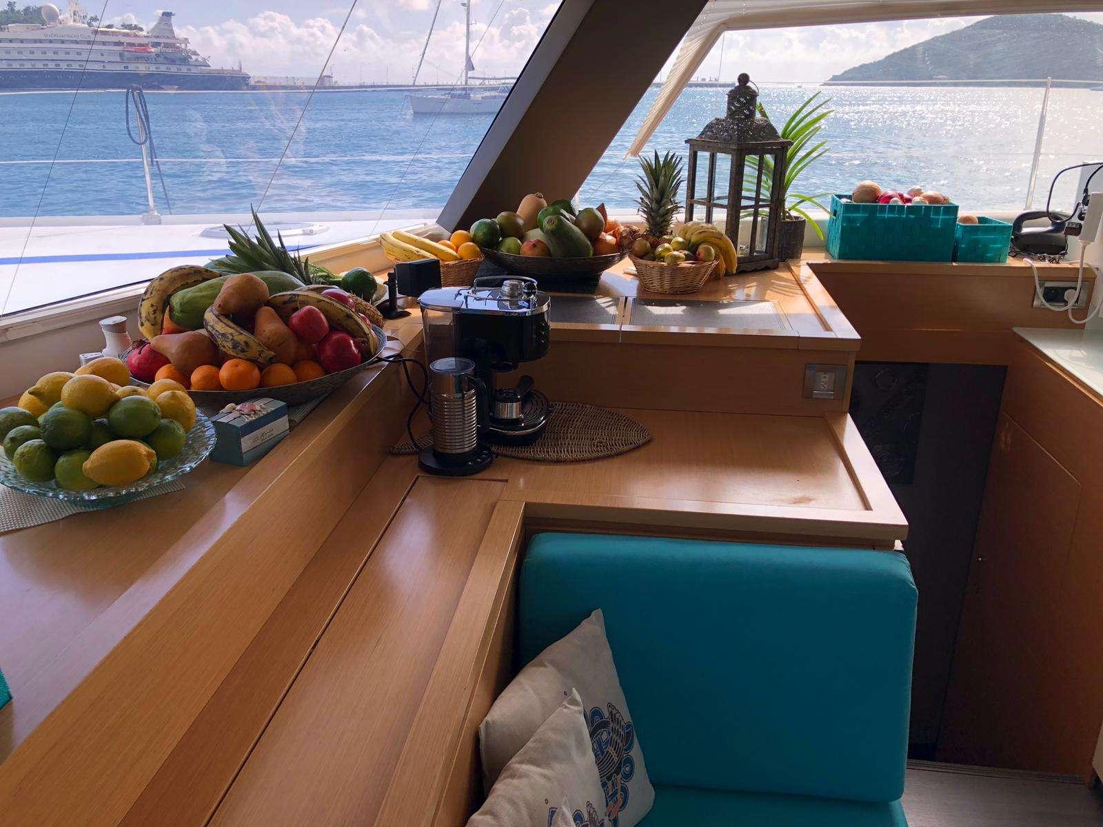 Image of LIR yacht #2