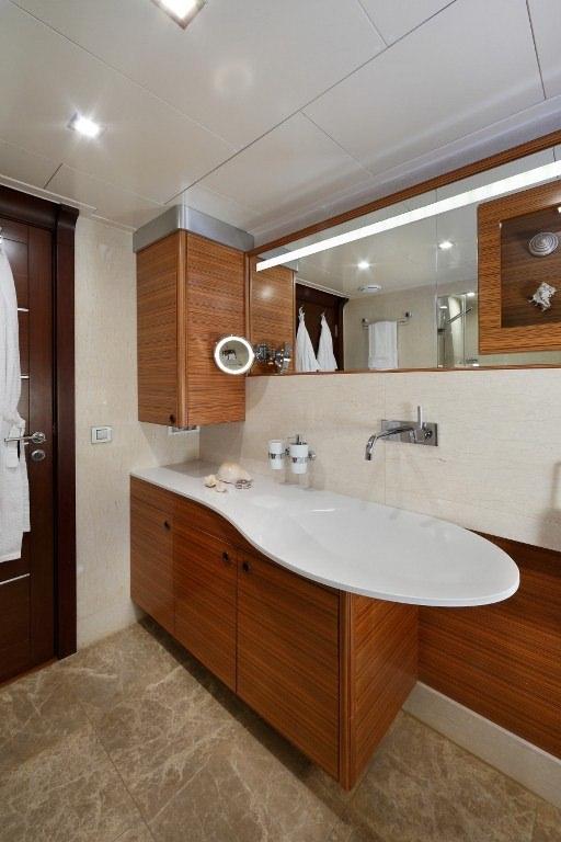 DAIMA yacht image # 13