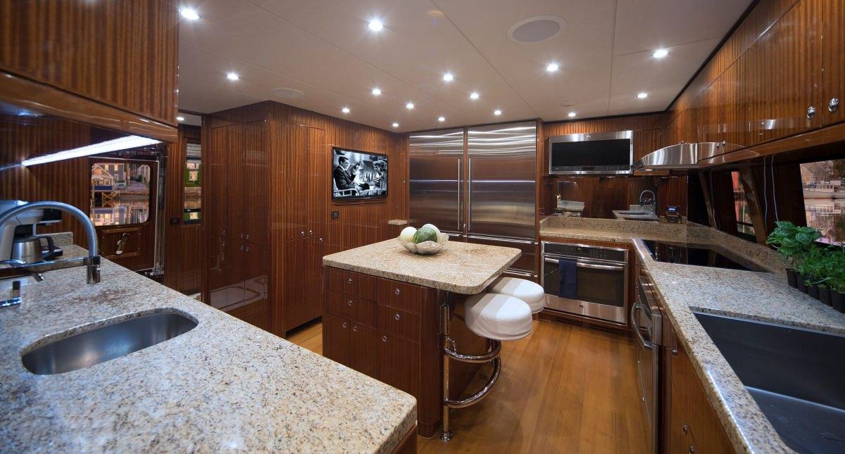 RENAISSANCE yacht image # 14