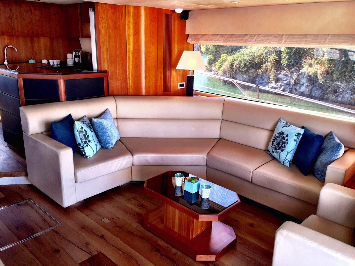 Sirena Yacht Charter Motor Boat Ritzy Charters