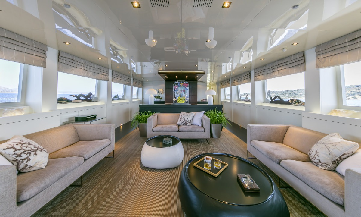 LUMAR yacht image # 1