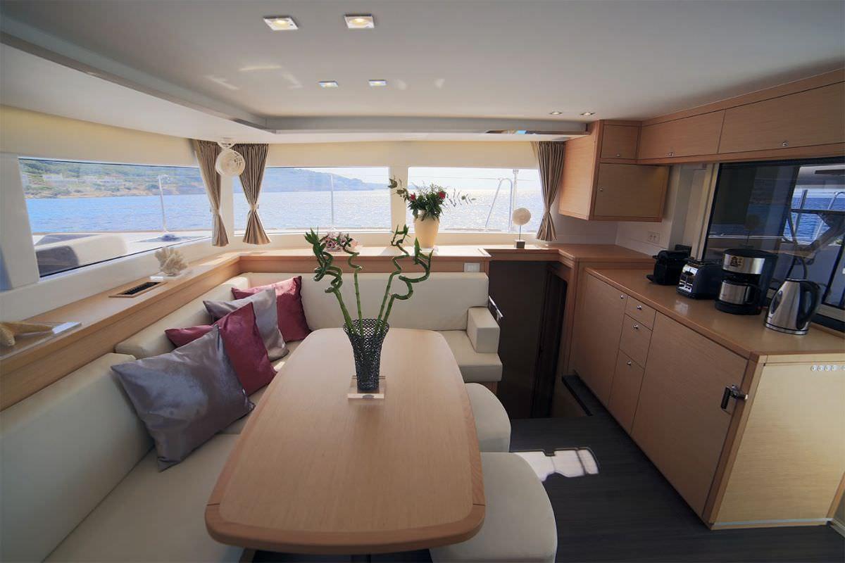 DANIELA II yacht image # 9