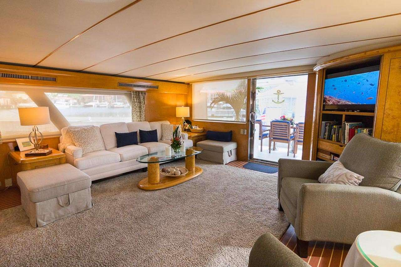 Image of SUITE LIFE yacht #5