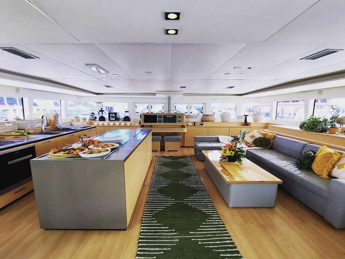 SPLIT SECOND yacht image # 1