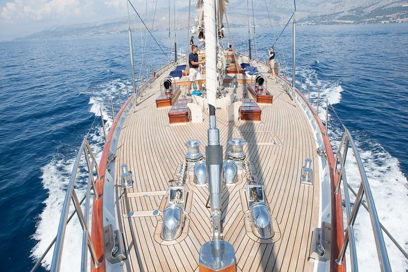 Image of LAURAN yacht #13