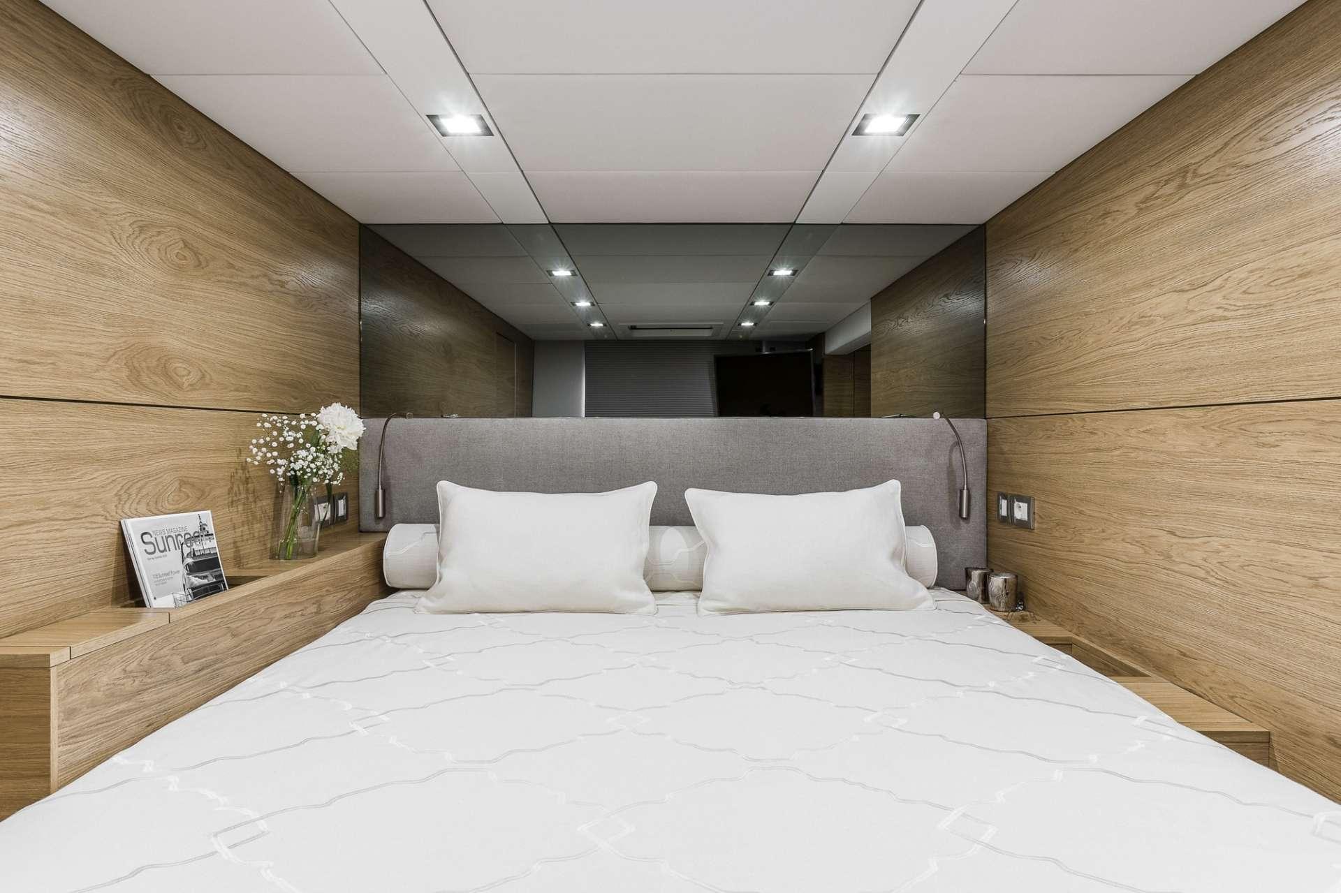 Image of CALMAO yacht #8