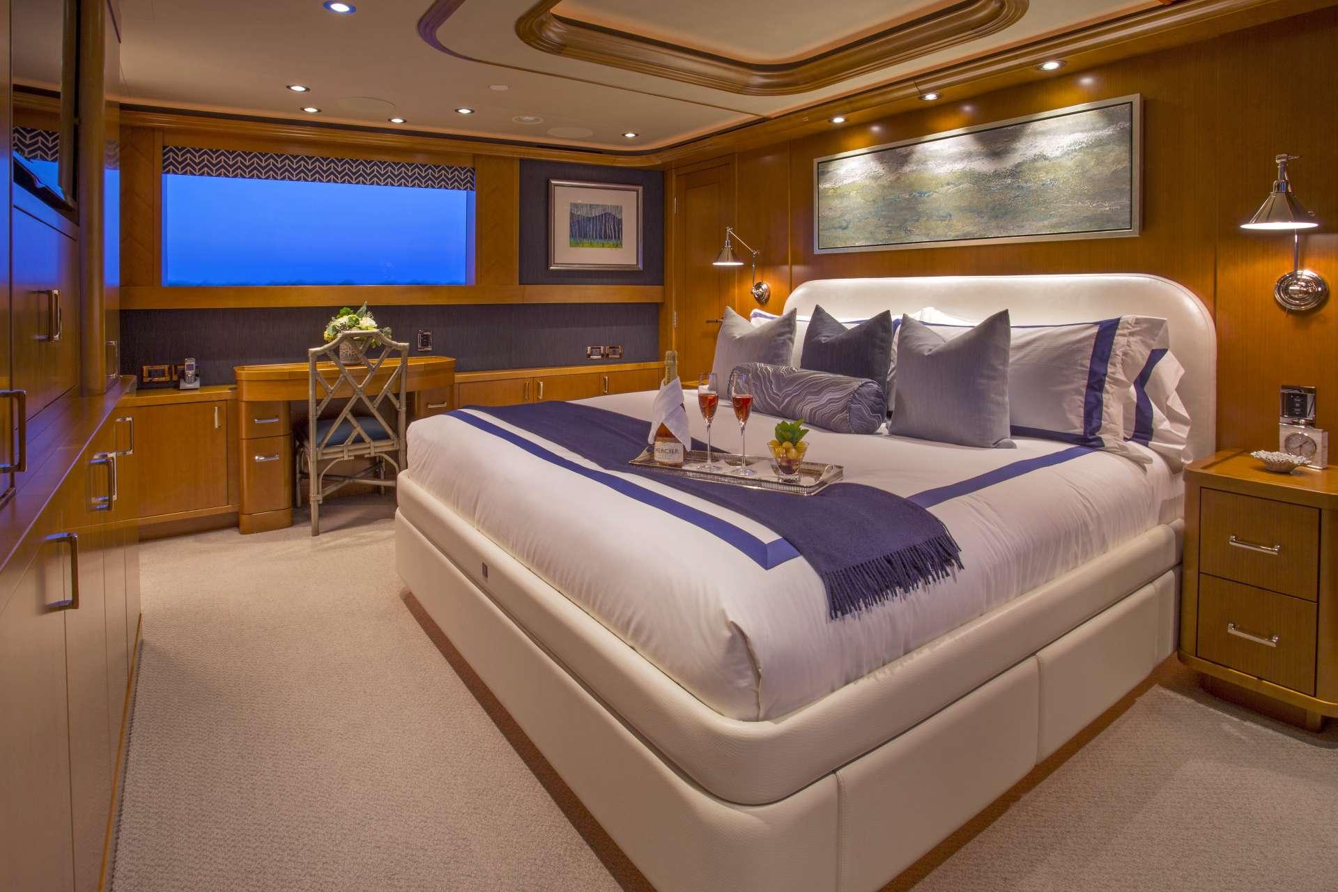 Image of FAR NIENTE yacht #6