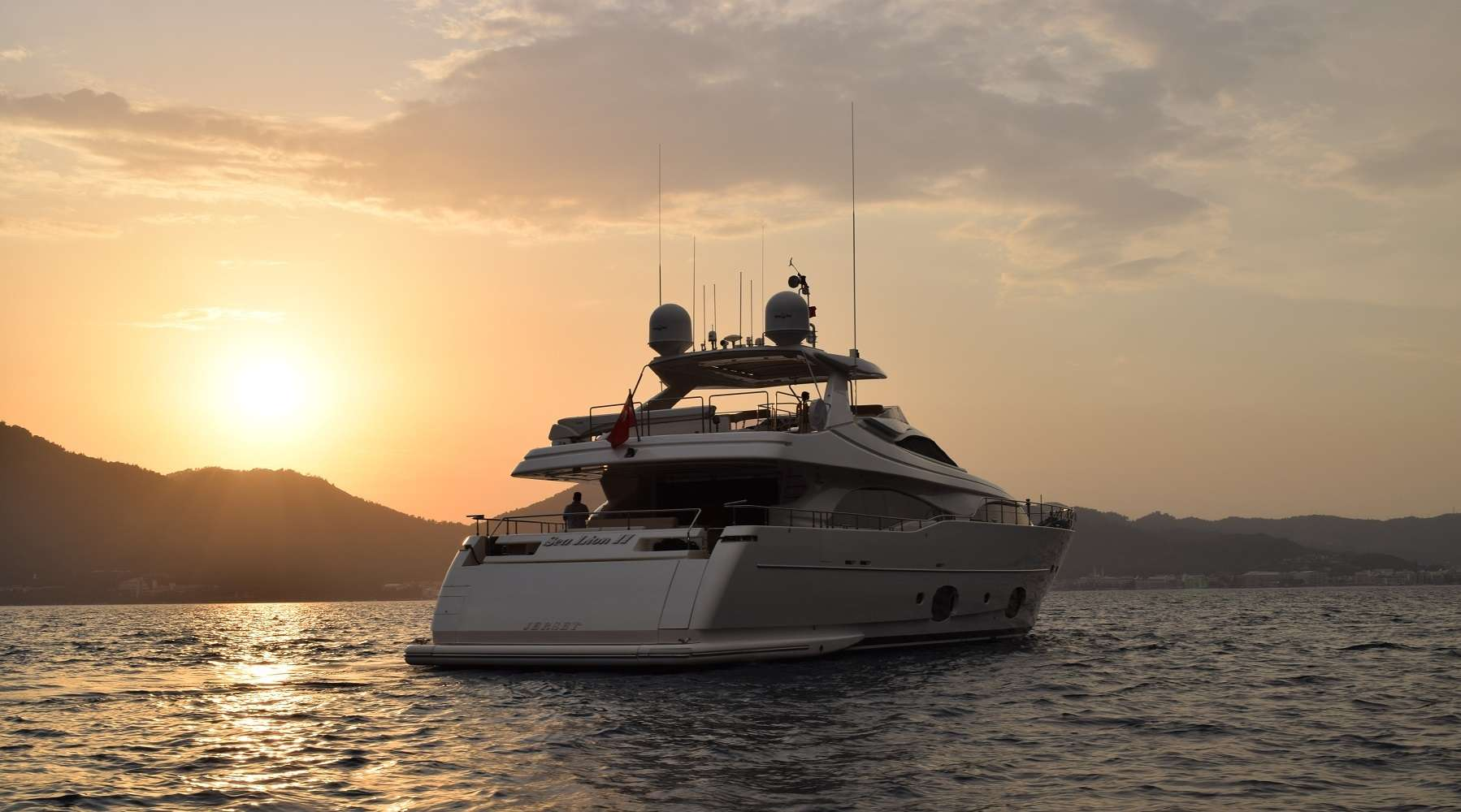 SEA LION II yacht image # 2