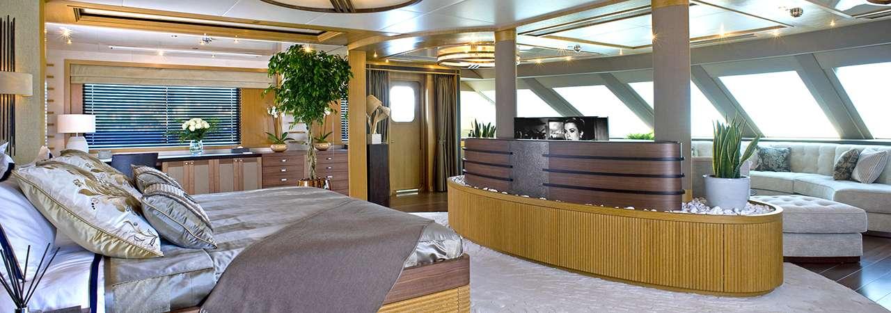INDIAN EMPRESS yacht image # 5