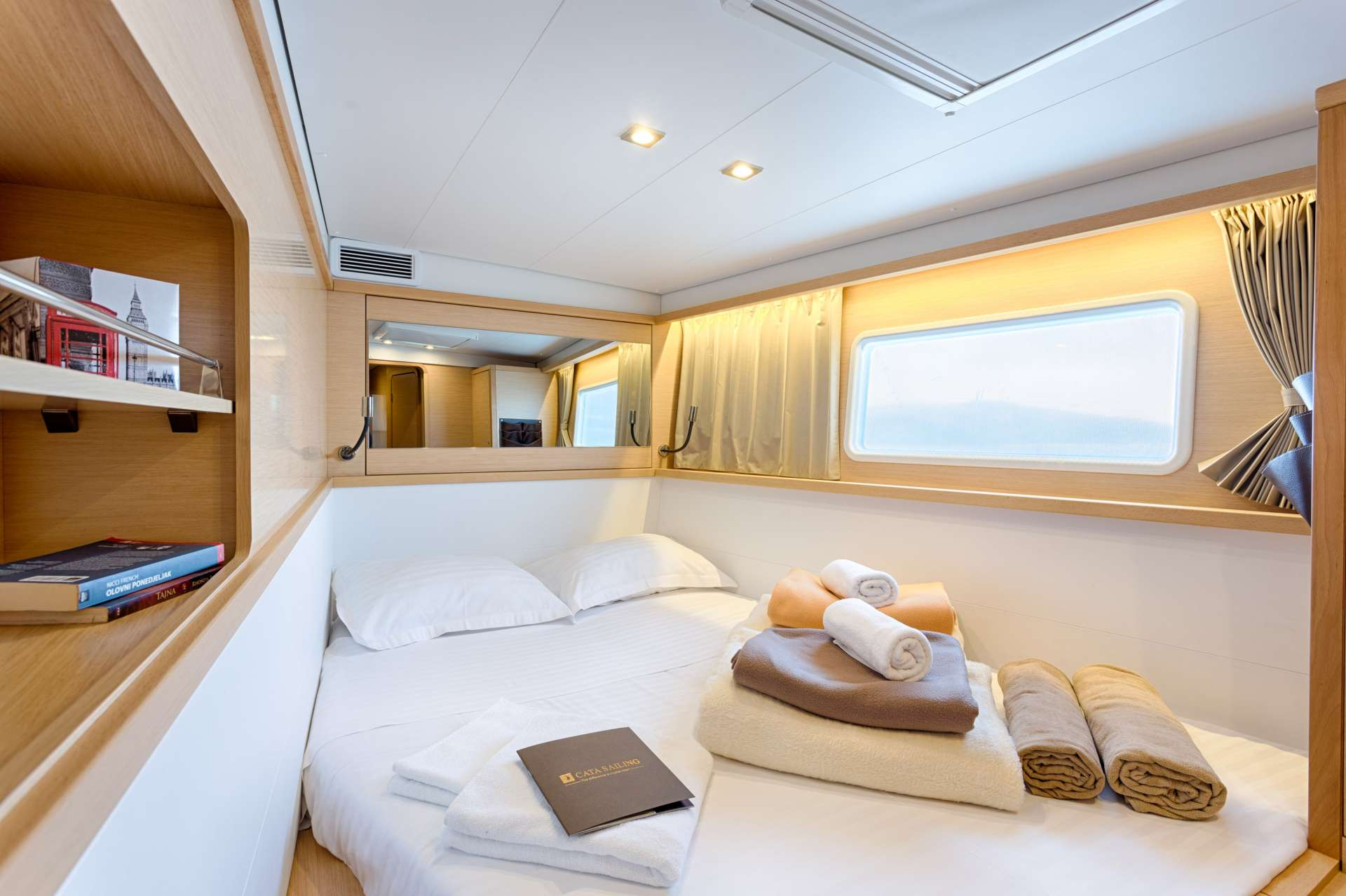 Image of Bright Moon yacht #6