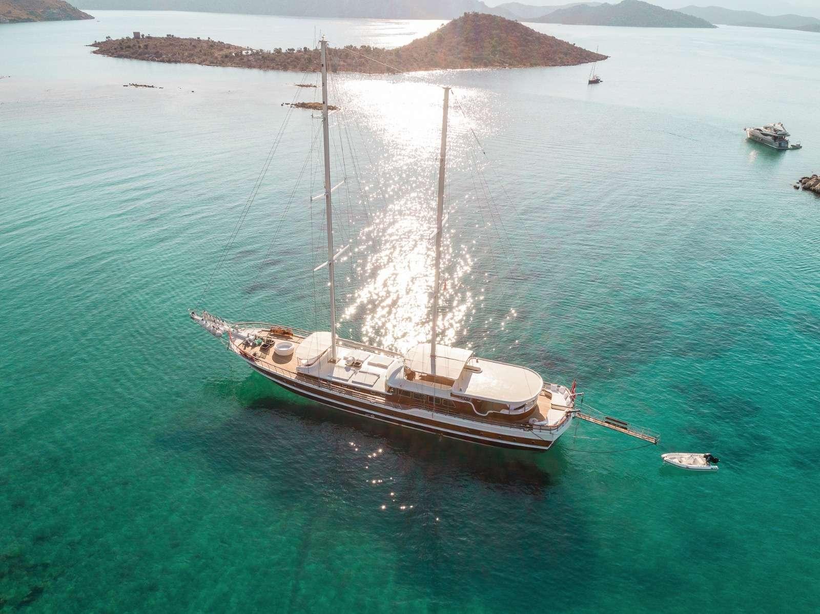 HALCON DEL MAR yacht image # 9