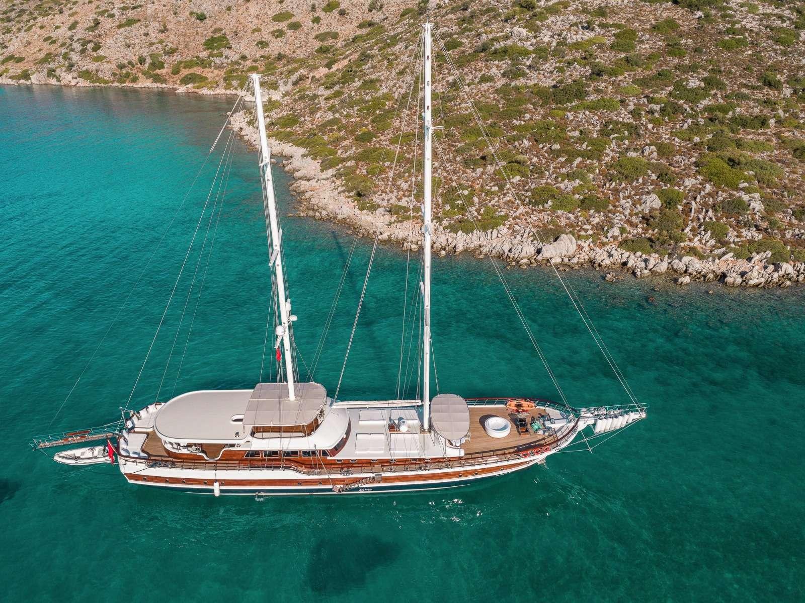 HALCON DEL MAR yacht image # 10
