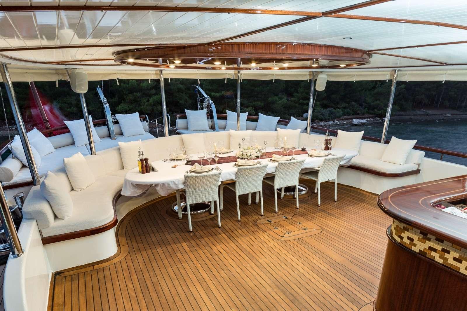 HALCON DEL MAR yacht image # 12