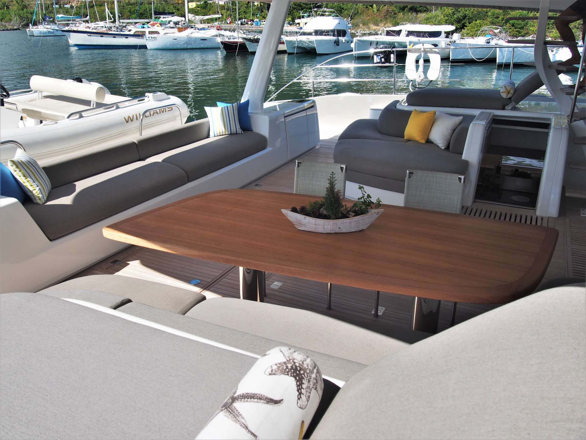 Image of DOUBLE DOWN yacht #4