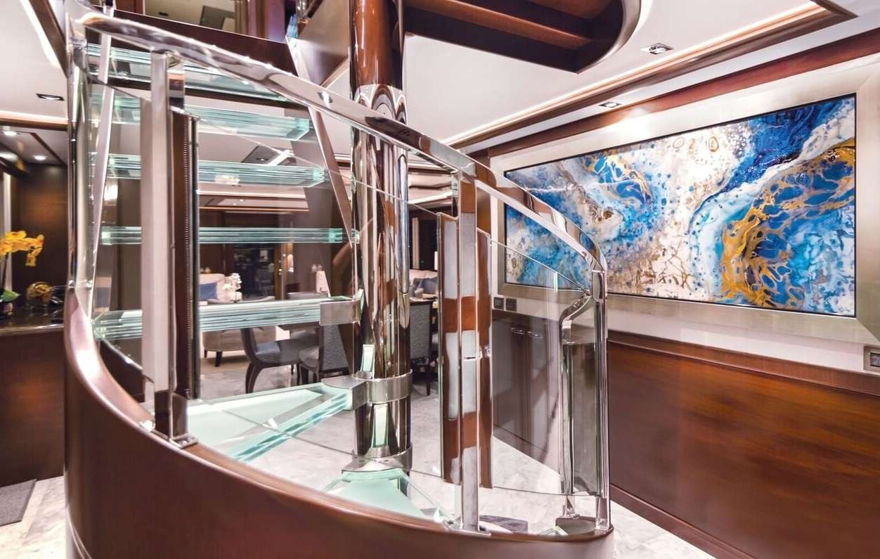 Image of VIVIERAE II yacht #18