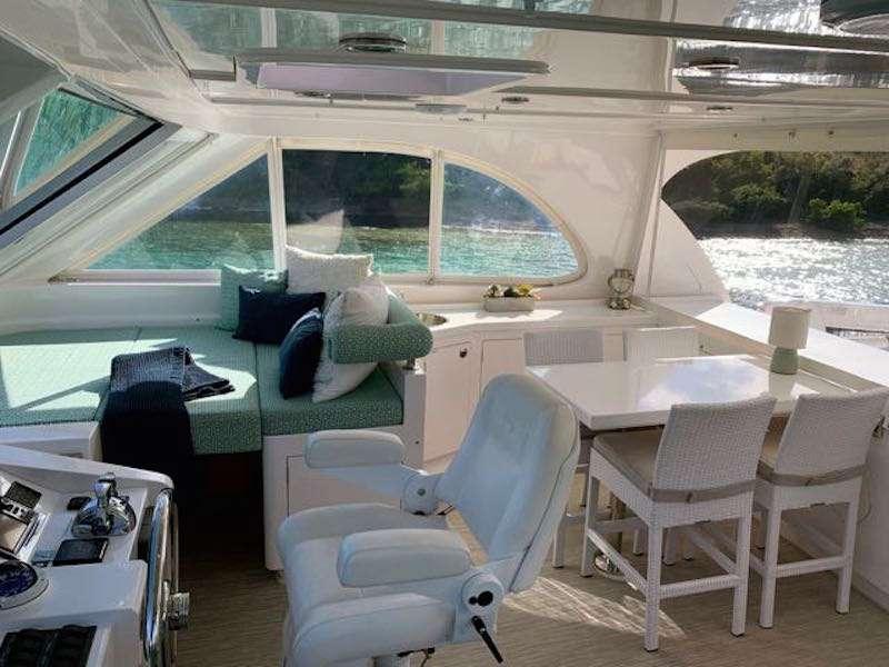 CAT CAY yacht image # 4