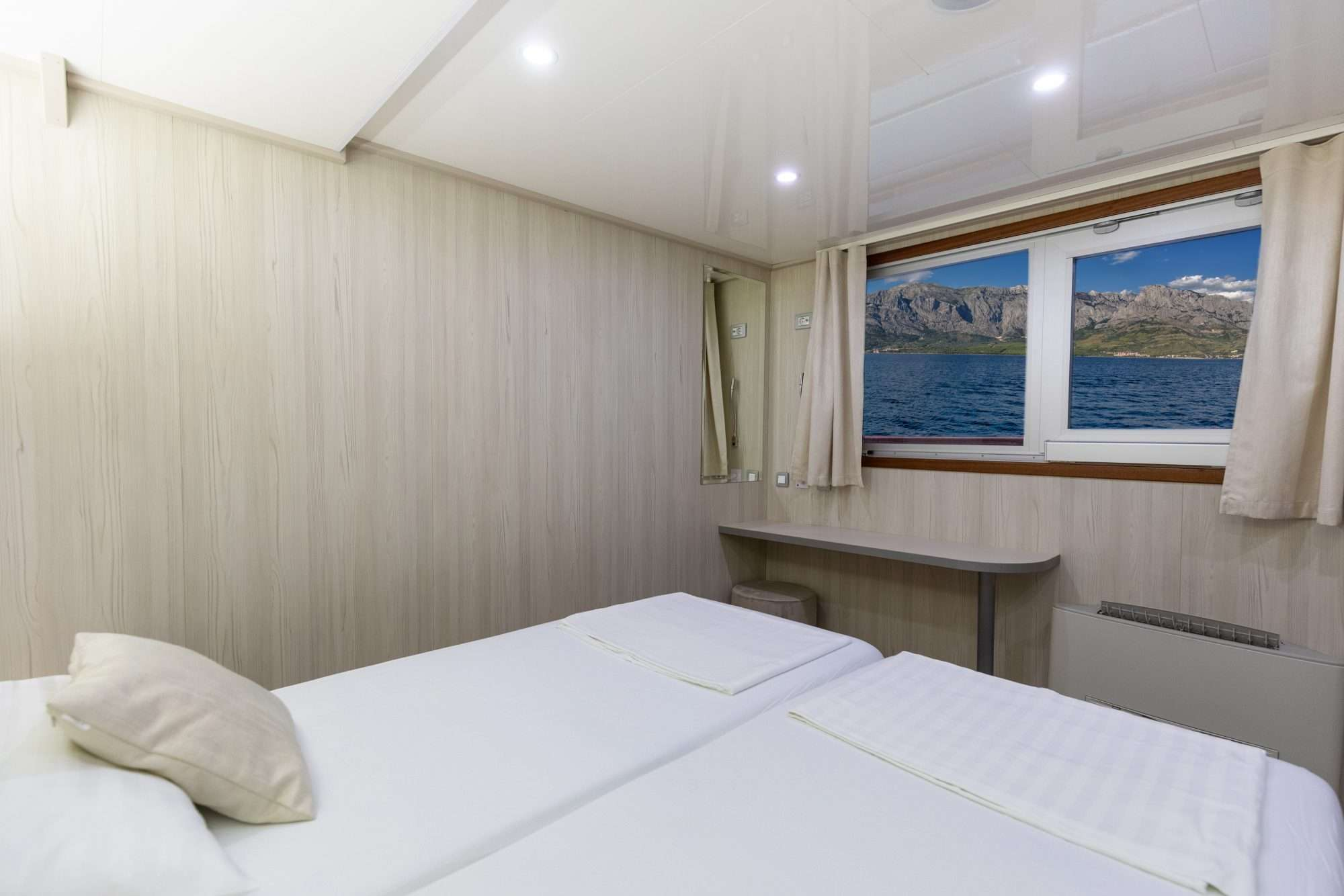 Image of Cristal yacht #4