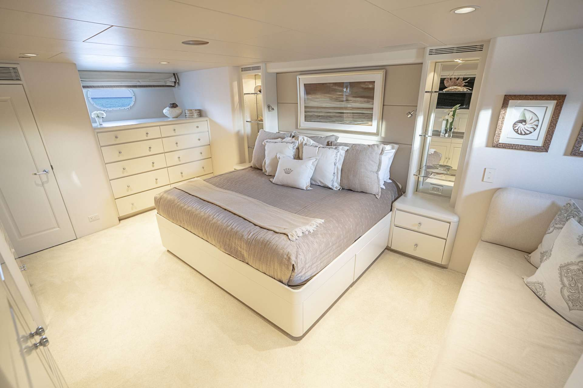 Image of CHERISH II yacht #6
