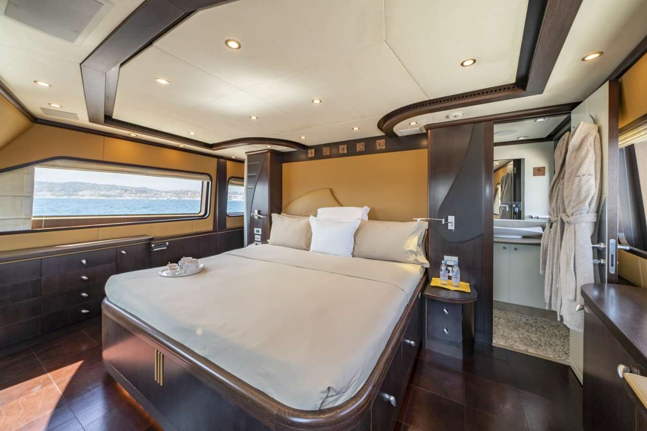 Image of Quid Pro Quo yacht #6