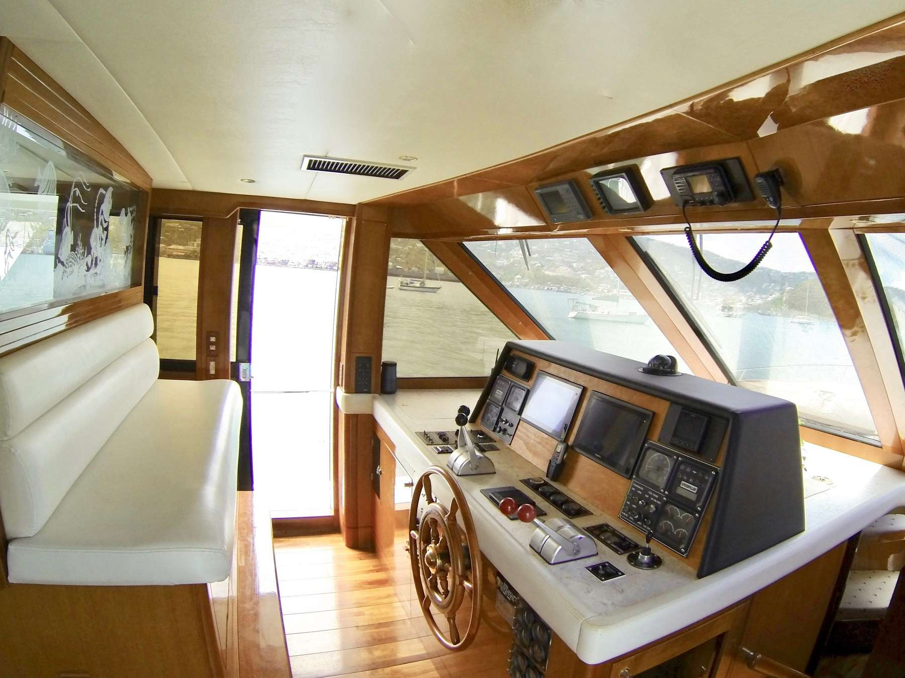 MCGREGOR III yacht image # 2