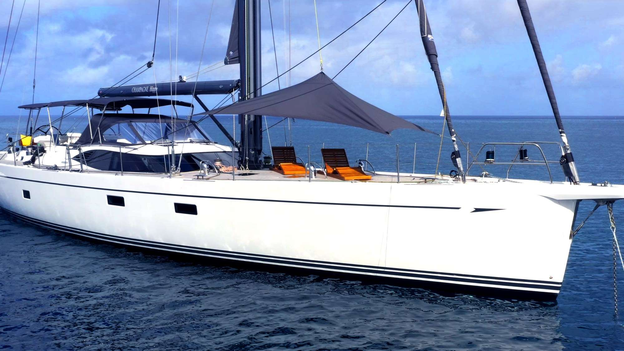 Image of Oyster 825 yacht #19
