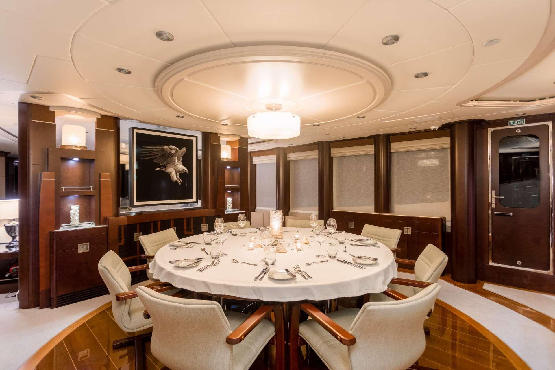 Image of DE LISLE III yacht #2