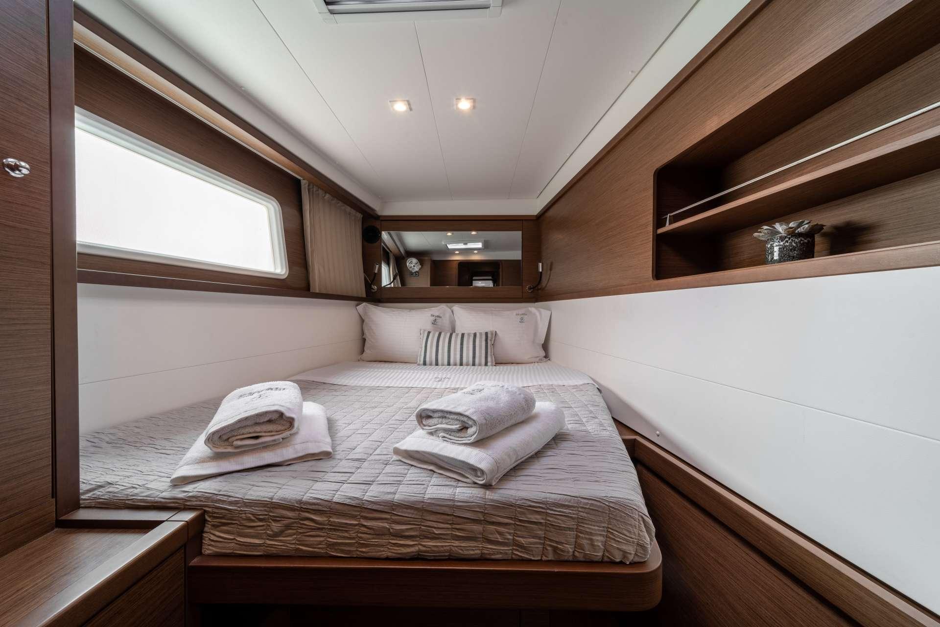 SKY BLU yacht image # 6