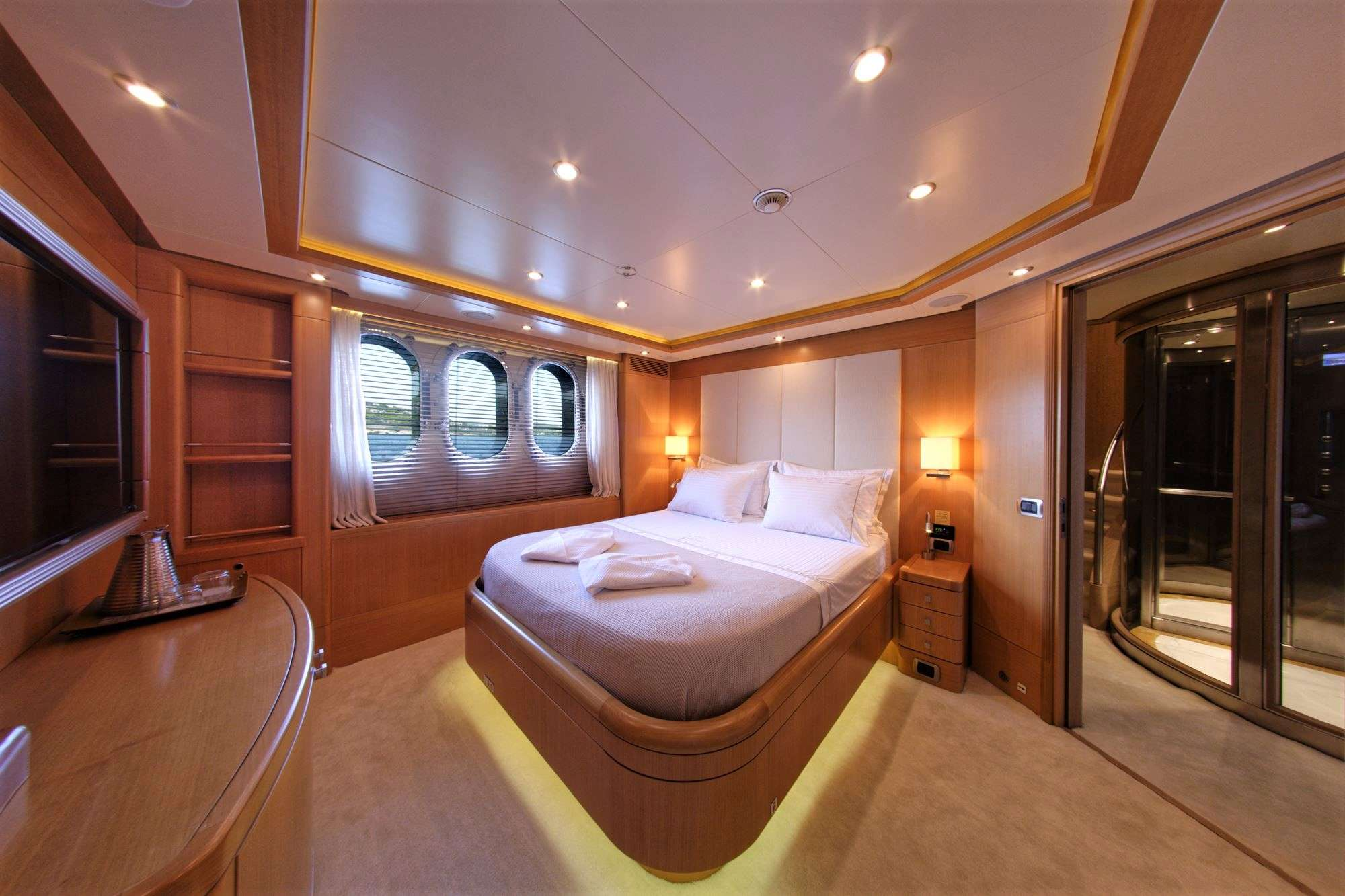 Image of GRANDE AMORE yacht #18