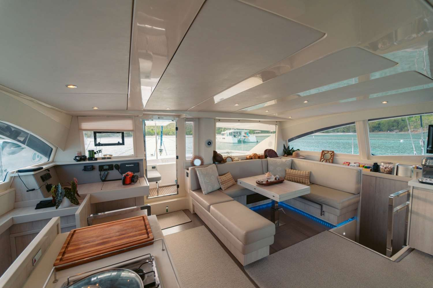 Image of VICARIOUS yacht #3