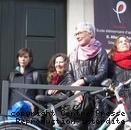 Une poignée de manifestants, hier après-midi, contre la pose d'un compteur Linky à l'école Jules-Ferry.