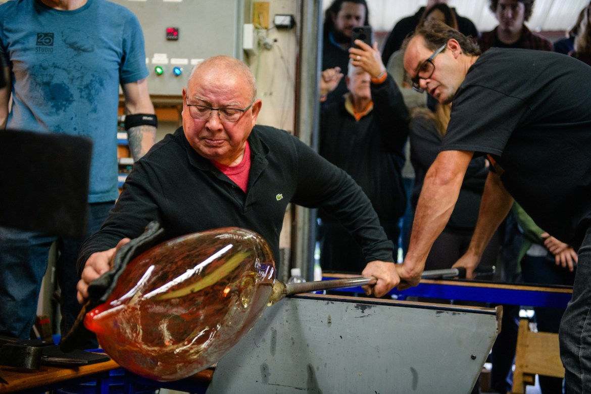 World renowned glass artist Lino Tagliapietra visited Centre College and put on a demonstration on October 25, 2017.