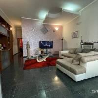 Indipendente con tre camere......in zona Porta Foggia