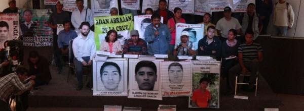 Exige Ayotzinapa respeto al trabajo del Equipo Argentino y profundizar investigación por desaparición forzada