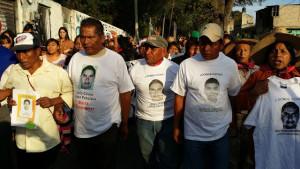 Atenco recibe a Ayotzinapa